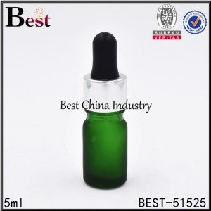 5ml frosted green glass essential oil bottle with shiny silver dropper,black dropper
