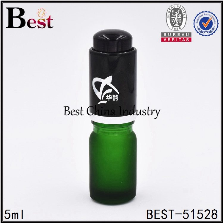 mini essential oil serum container 5ml cosmetic glass dropper bottle