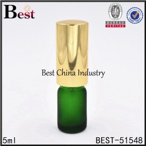 mini cosmetic green glass bottle with sprayer 5ml